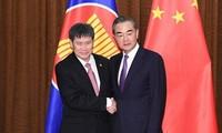 中国与东盟面向建立更为紧密的命运共同体