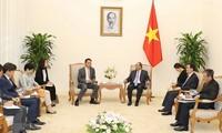 越南政府总理阮春福会见韩国驻越大使金度铉