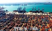 中国宣布将反击美国挑起的贸易战