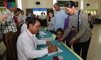 柬埔寨人民党在该国第六届国会选举中取得压倒性胜利