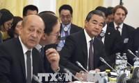 中国和英国合作维护多边主义