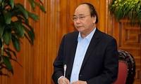 阮春福与总理经济咨询小组举行工作会议