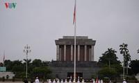 越南各大报刊文突出阐述八月革命和九二国庆的巨大意义