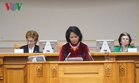 越南呼吁全世界妇女扩大国际合作 为实现可持续发展目标做出积极贡献