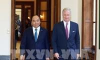 越南政府总理阮春福会见比利时国王菲利普