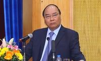 阮春福出席亚欧企业论坛