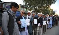阿富汗国民议会选举日数百人伤亡