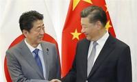 日本首相安倍晋三开始对中国进行正式访问