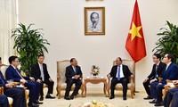 越南政府总理阮春福会见柬埔寨计划部大臣蔡唐