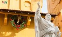 祥和的圣诞节展示了宗教信仰的自由