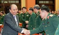 阮春福强调将发展经济与保障国防安全相结合的精神