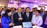 """""""在越南创新、在越南设计、越南掌握技术并主动生产""""是越南技术企业的口号"""