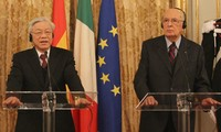 Tổng Bí thư Nguyễn Phú Trọng và Tổng thống Italia gặp gỡ báo chí