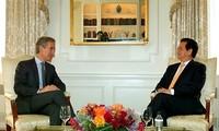 Thủ tướng tiếp xúc song phương với Thủ tướng Moldova và Thủ tướng Haiti