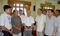 Trưởng Ban Tổ chức Trung ương Tô Huy Rứa tiếp xúc cử tri tỉnh Bắc Ninh