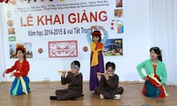 Trường dạy tiếng Việt cho học sinh ở Berlin tưng bừng khai giảng