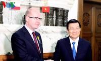 Chủ tịch nước Trương Tấn Sang hội kiến với Thủ tướng Séc và kết thúc chuyến thăm cấp Nhà nước CH Séc