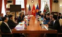 Phiên họp của Ủy ban ASEAN tại Washington