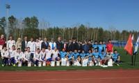 Giao lưu bóng đá giữa đội Dinamo tỉnh Kaluga và Đội bóng đá của các học viên An Ninh VN tại LB Nga