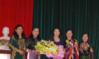 Chủ tịch Quốc hội Nguyễn Thị Kim Ngân gặp mặt cán bộ nữ tỉnh Bến Tre qua các thời kỳ