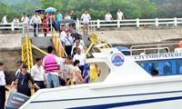 30 vạn lượt khách đến Quảng Ninh trong dịp nghỉ lễ 30/4- 1/5