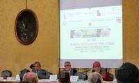 """Hội thảo """"Giới thiệu Việt Nam sau 30 năm đổi mới"""" tại Turin (Italy)"""