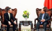 Thủ tướng Nguyễn Xuân Phúc tiếp Ngân hàng BTMU, Nhật Bản và Tập đoàn Huawei, Trung Quốc