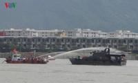 Hải quân Hoa Kỳ và thành phố Đà Nẵng phối hợp diễn tập ứng phó sự cố tràn dầu trên sông Hàn