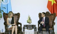 Phó Thủ tướng Vương Đình Huệ tiếp Hoàng hậu Hà Lan Maxima