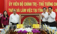 Thủ tướng Nguyễn Xuân Phúc làm việc với lãnh đạo chủ chốt tỉnh Bà Rịa-Vũng Tàu