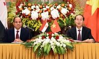 Chủ tịch nước Trần Đại Quang chủ trì tiệc chiêu đãi trọng thể Tổng thống Ai Cập