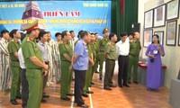 """Triển lãm """"Hoàng Sa, Trường Sa của Việt Nam - Những bằng chứng lịch sử và pháp lý"""" tại tỉnh Hà Nam"""