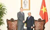 Thủ tướng Nguyễn Xuân Phúc tiếp Đại sứ Slovakia