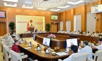 Ủy ban Thường vụ Quốc hội thảo luận công tác phòng chống tham nhũng