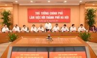 Thủ tướng Nguyễn Xuân Phúc làm việc với lãnh đạo chủ chốt Hà Nội