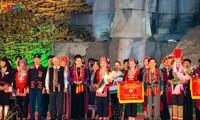 Chủ tịch Quốc hội dự Lễ khai mạc Ngày hội văn hóa dân tộc Dao toàn quốc