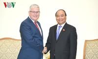 Thủ tướng Nguyễn Xuân Phúc tiếp Đại sứ Australia tại Việt Nam