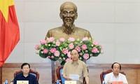Thủ tướng Nguyễn Xuân Phúc làm việc với các tỉnh Đồng bằng sông Cửu Long về chống sạt lở
