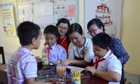 Trẻ em nơi sóng nước Trường Sa