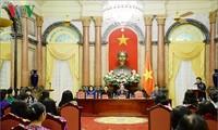 Chủ tịch nước Trần Đại Quang gặp mặt Nhóm nữ đại biểu Quốc hội Việt Nam khóa XIV