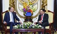 Phó Thủ tướng Phạm Bình Minh tiếp Chủ tịch WEF và dự Tọa đàm về Hội nghị WEF ASEAN 2018