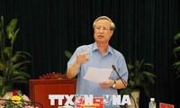 Ông Trần Quốc Vượng, Thường trực Ban Bí thư làm việc với lãnh đạo Bình Định