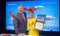 Vietjet ký kết mua 100 máy bay Boeing và 50 máy bay Airbus