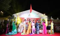 Công ty Asia Sky Tours của người Việt tham dự Liên hoan Bia quốc tế lần thứ 22 tại Berlin