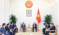 Thủ tướng Nguyễn Xuân Phúc mong muốn Việt Nam - Nhật Bản tăng cường hợp tác kinh tế