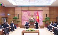 Chủ tịch Quốc hội Nguyễn Thị Kim Ngân tiếp Chủ tịch Thượng viện Cộng hòa Belarus Mikhail Myasnikovich