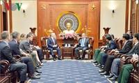 Bí thư Thành ủy Nguyễn Thiện Nhân tiếp Bộ trưởng Quốc phòng Hoa Kỳ James Mattis