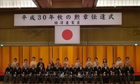 Chủ tịch Hội người Việt Nam tại Nhật Bản được trao tặng Huân chương Mặt trời mọc Tia bạc