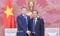 Đoàn đại biểu Đảng Nur Otan thăm Việt Nam