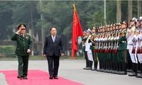 Phó Thủ tướng Chính phủ, Bộ trưởng Bộ Quốc phòng Vương quốc Thái Lan thăm chính thức Việt Nam